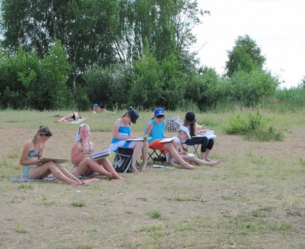 Воложка. Пленэр на природе, учащиеся ДШИ № 13 и гости из Эстонии